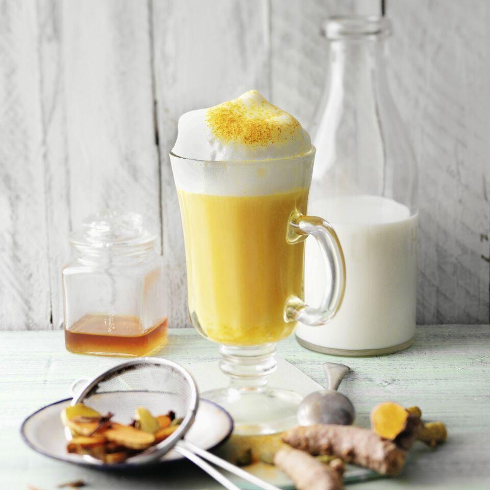 kurkuma chai latte rezept k cheng tter. Black Bedroom Furniture Sets. Home Design Ideas