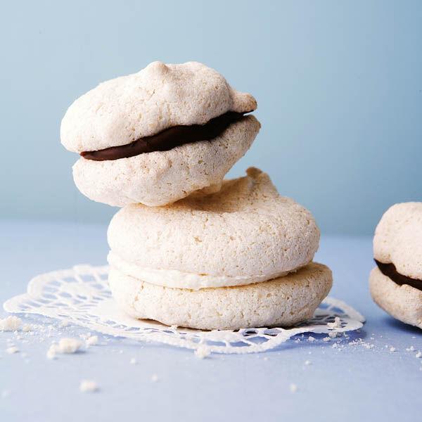 vanille macarons rezept k cheng tter. Black Bedroom Furniture Sets. Home Design Ideas