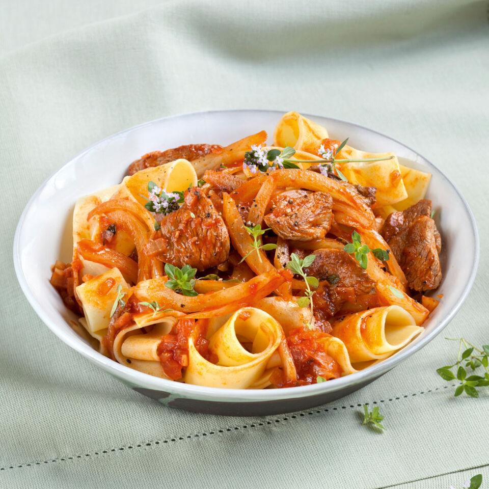 pasta mit lamm und fenchel rezept k cheng tter. Black Bedroom Furniture Sets. Home Design Ideas