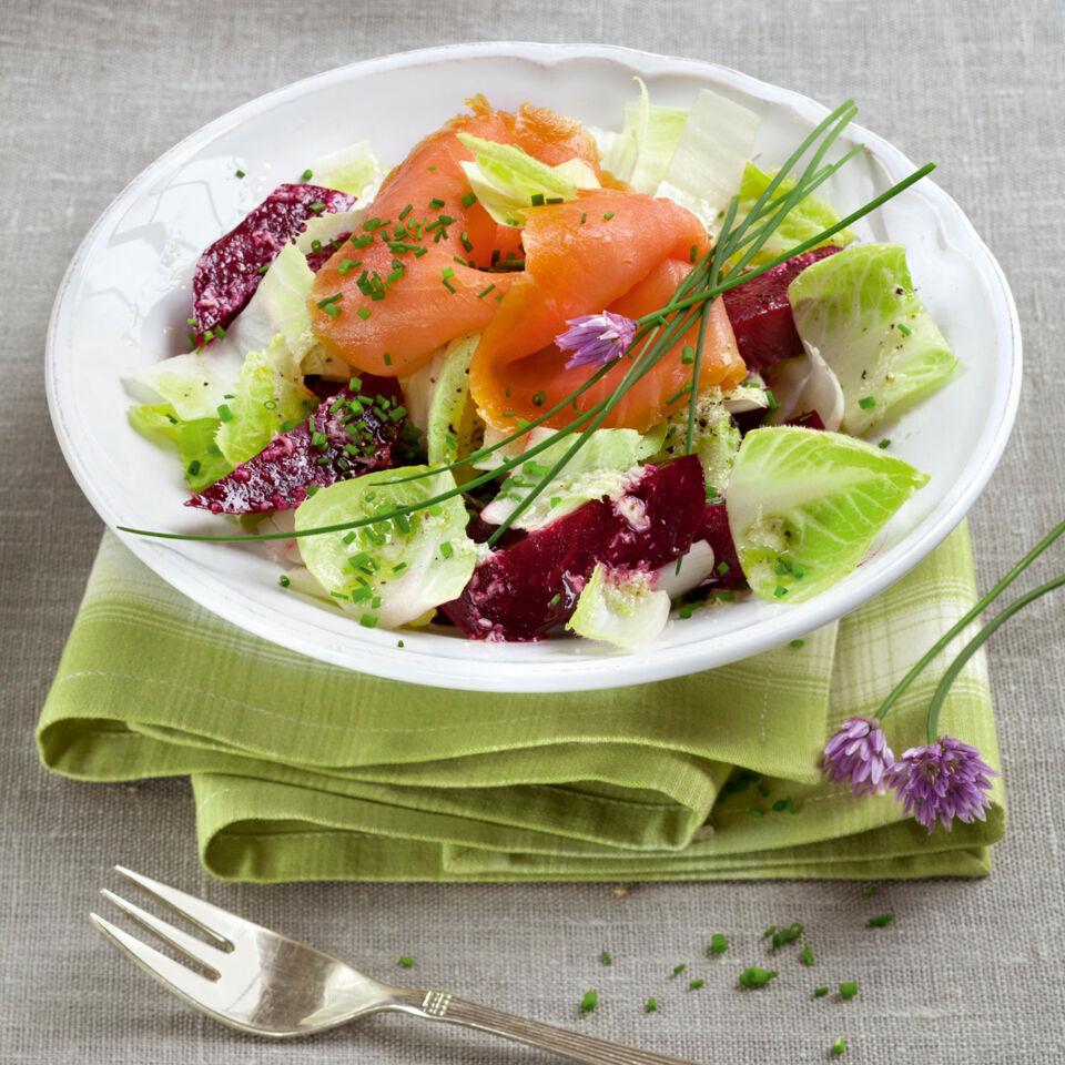 rote bete salat mit lachs rezept k cheng tter. Black Bedroom Furniture Sets. Home Design Ideas