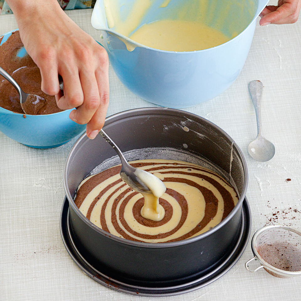 zebrakuchen rezept schneller kuchen k cheng tter. Black Bedroom Furniture Sets. Home Design Ideas