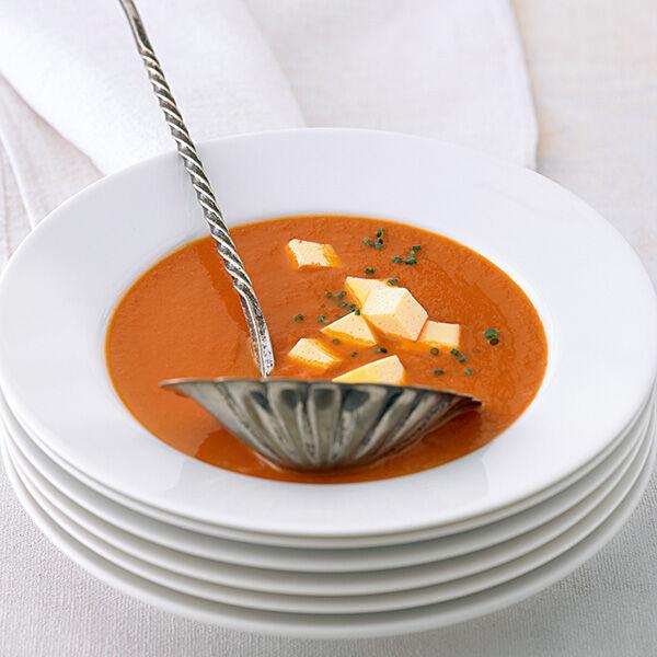 tomatensuppe mit eierstich rezept k cheng tter. Black Bedroom Furniture Sets. Home Design Ideas