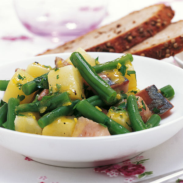 einfacher kartoffel bohnen salat mit matjes rezept k cheng tter. Black Bedroom Furniture Sets. Home Design Ideas