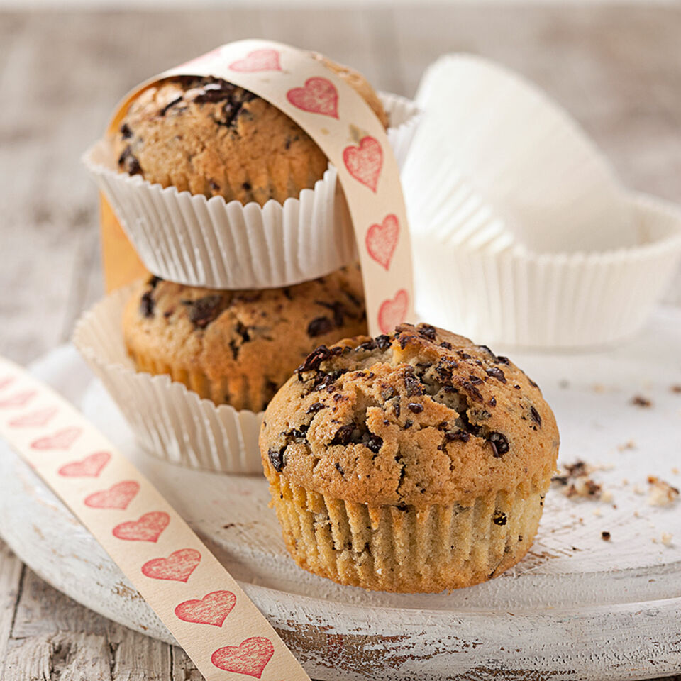 stracciatella muffins mit tonkabohnen rezept k cheng tter. Black Bedroom Furniture Sets. Home Design Ideas
