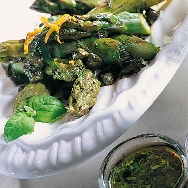 Spargel Wei 223 Und Gr 252 N Rezept K 252 Cheng 246 Tter
