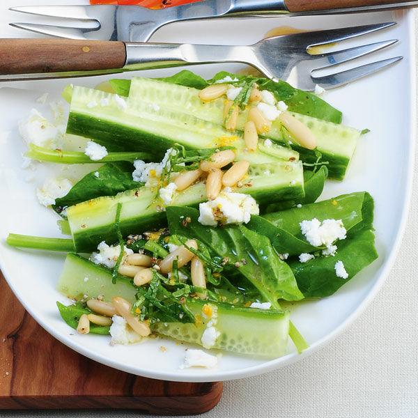 gurken spinat salat rezept k cheng tter. Black Bedroom Furniture Sets. Home Design Ideas
