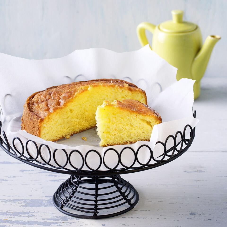 saftiger zitronenkuchen rezept k cheng tter. Black Bedroom Furniture Sets. Home Design Ideas