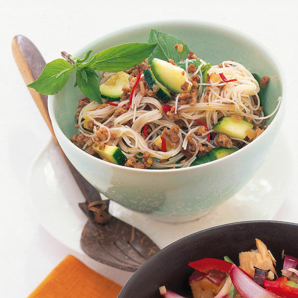 zucchini hack salat rezept k cheng tter. Black Bedroom Furniture Sets. Home Design Ideas