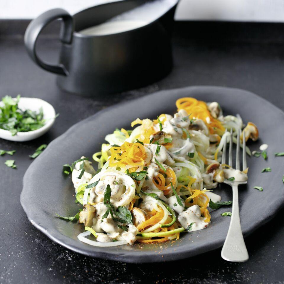 Keto Gemüsespaghetti Mit Champignonsauce Küchengötter