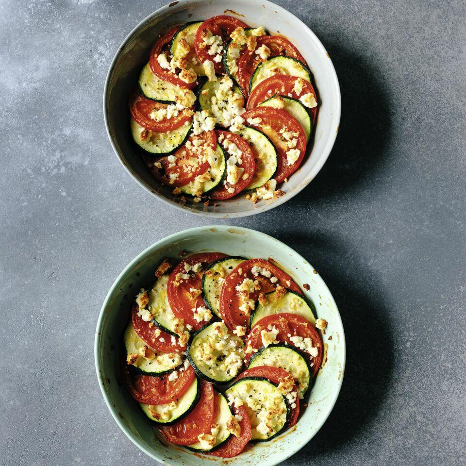 Zucchini-Tomaten-Gratin mit Feta