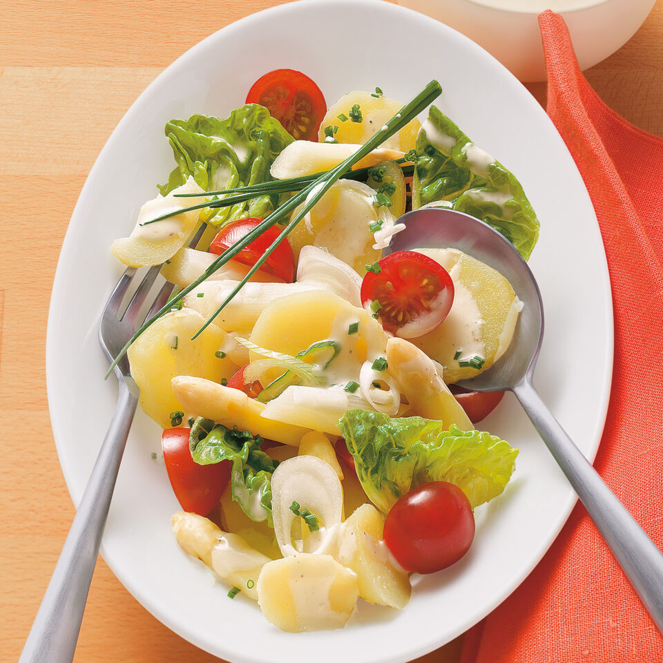 Frühkartoffel-Spargel-Salat Rezept | Küchengötter