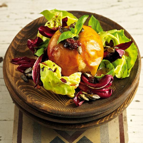 boskop pfel mit salatherzen und k rbiskernen rezept k cheng tter. Black Bedroom Furniture Sets. Home Design Ideas
