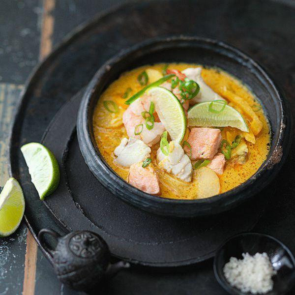 fisch mit gelbem thai curry rezept k cheng tter. Black Bedroom Furniture Sets. Home Design Ideas