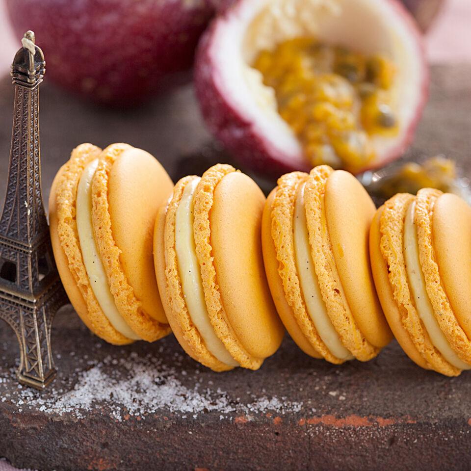 maracuja vanille macarons rezept k cheng tter. Black Bedroom Furniture Sets. Home Design Ideas
