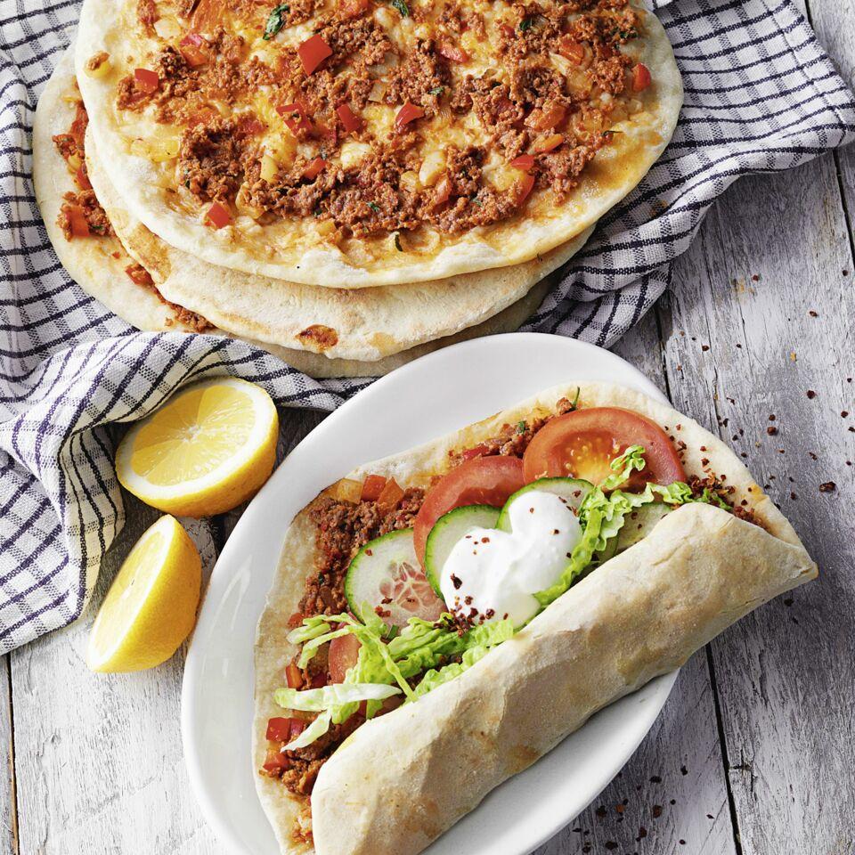 Scharfe türkische Pizza