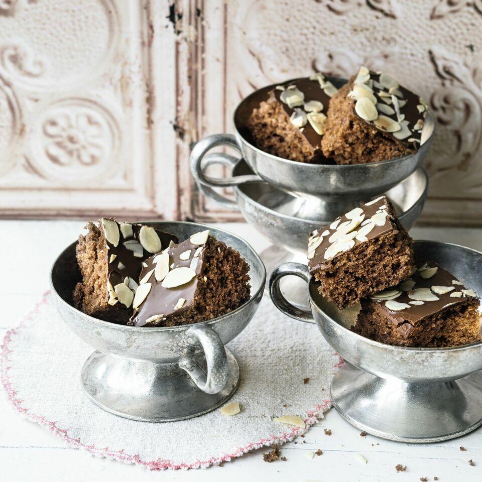 Schnelle Lebkuchen Mit Schokoladenglasur Kuchengotter