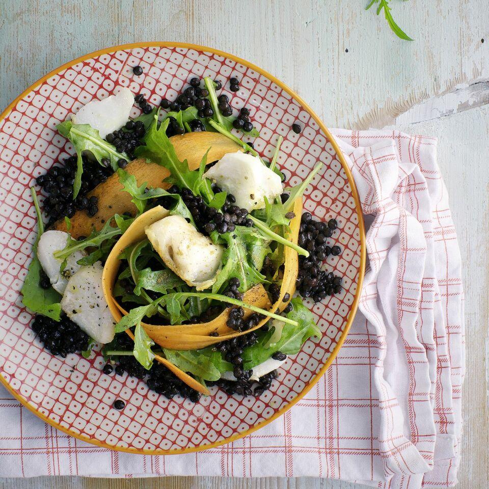 beluga linsen salat mit fisch und rucola rezept k cheng tter. Black Bedroom Furniture Sets. Home Design Ideas