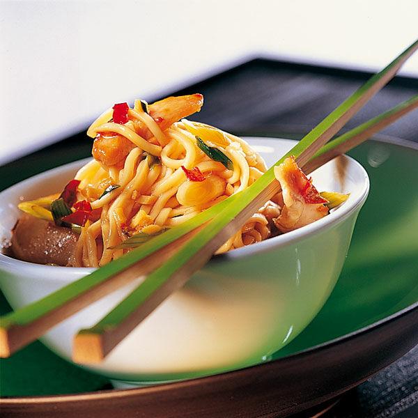 Gebratene asiatische Nudeln Rezept   Küchengötter