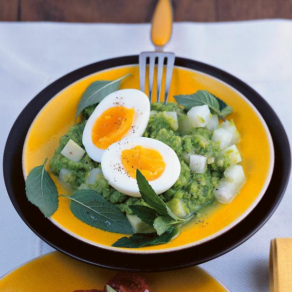 Wachsweiche eier auf erbsenp ree rezept k cheng tter - Eier kochen dauer ...