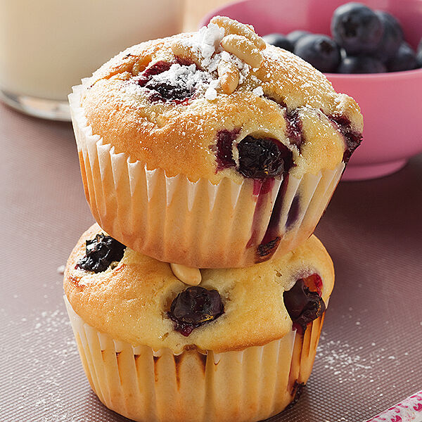 blaubeer buttermilch muffins rezept k cheng tter. Black Bedroom Furniture Sets. Home Design Ideas