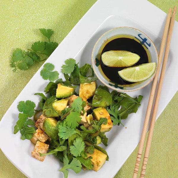 gr ner salat mit tofu rezept k cheng tter. Black Bedroom Furniture Sets. Home Design Ideas