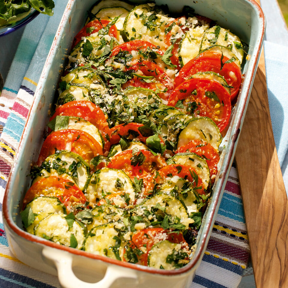 tomaten zucchini gratin rezept k cheng tter. Black Bedroom Furniture Sets. Home Design Ideas