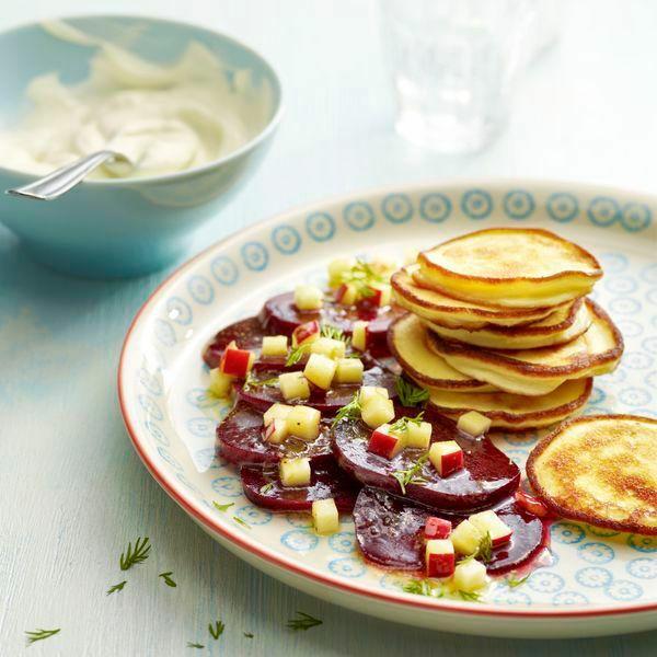 meerrettich pancakes mit rote bete salat rezept k cheng tter. Black Bedroom Furniture Sets. Home Design Ideas