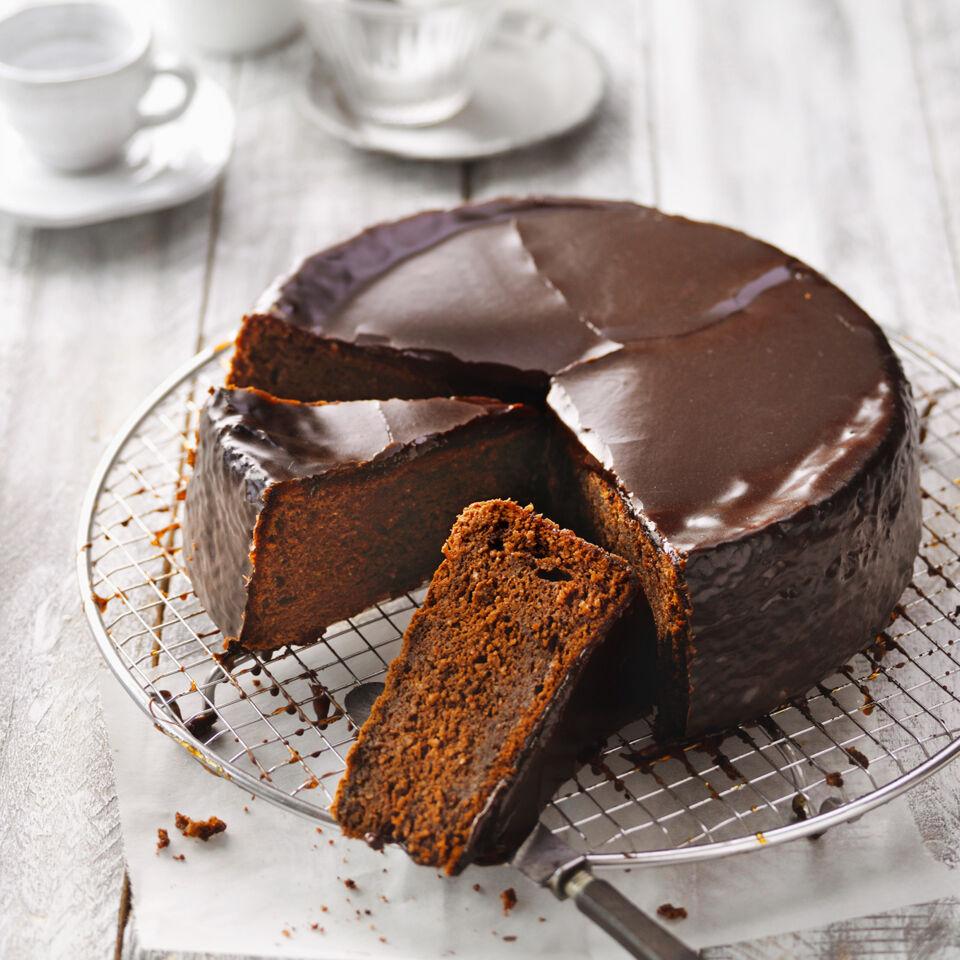 Kuchen klassiker die sachertorte rezept k cheng tter for Kuchen von segmuller
